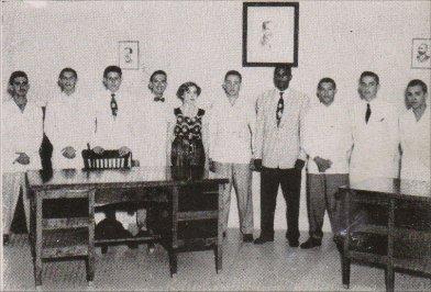 tt-instituto-dptoalumnos1951.jpg