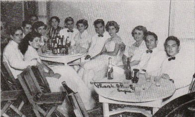 tt-instituto-fiestagraduacion1952.jpg